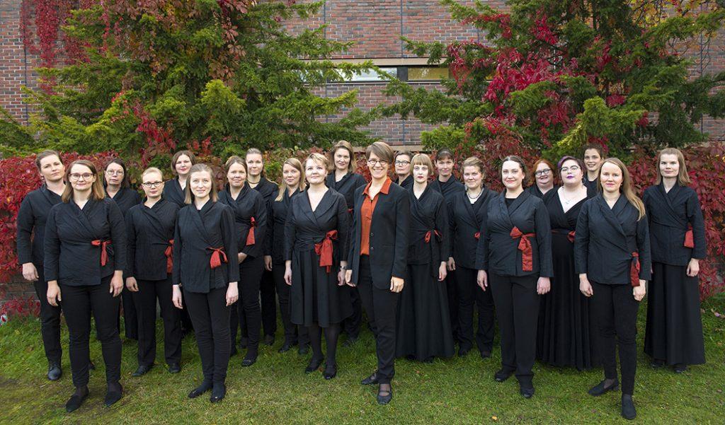 Kuva Kaari-ensemblestä syksyllä 2019